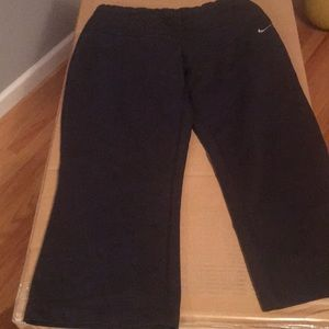 Nike Pants - Nike sport cropped shorts